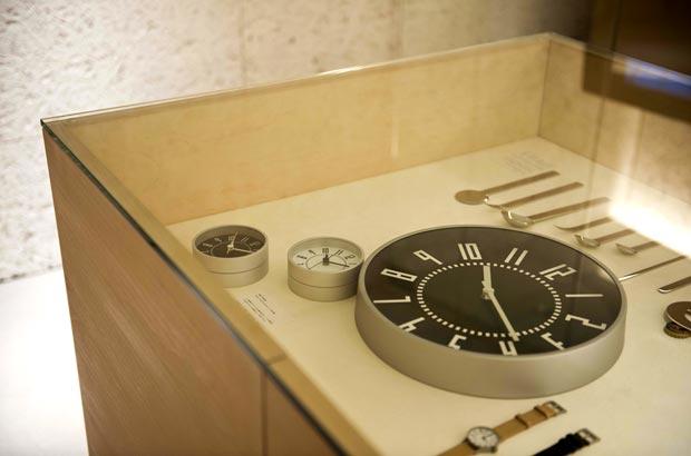 五十嵐さんの作品「eki clock」