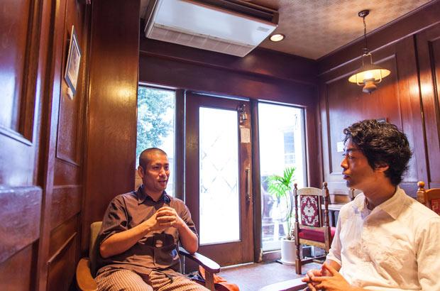 譲り店について語る、山崎さんと山納さん
