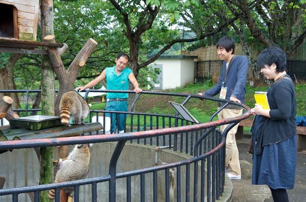 秋田市大森山動物園を訪れた藤本さん