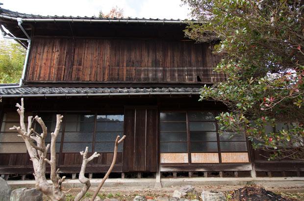 月1円の借家の外観