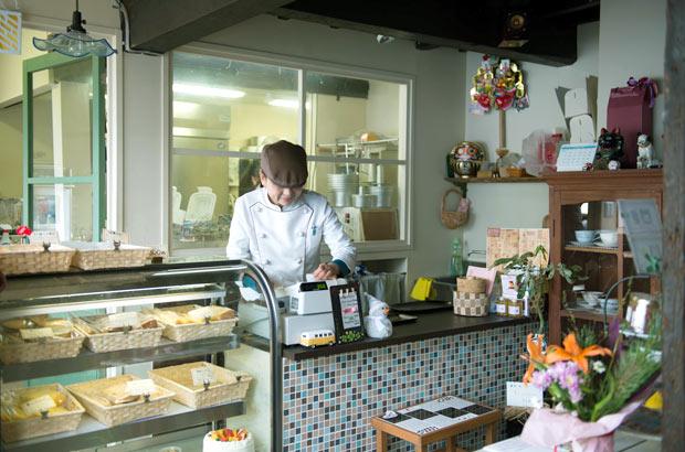 「しふぉん菓恋」。2011年11月の開業