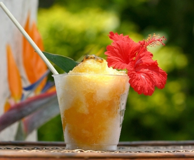 今日のおやつ:奄美大島のフルーツを使ったトロピカルなかき氷「Hot Pepper」|「colocal コロカル」ローカルを学ぶ・暮らす・旅する