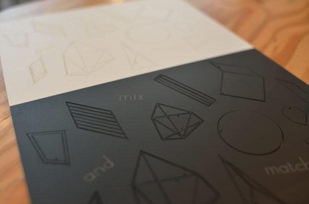 一枚の紙から切り出された素材でさまざまな商品が生まれていく
