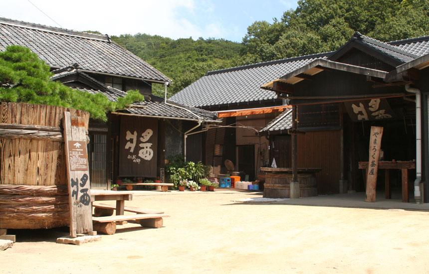 会いたくなる蔵元 小豆島・ヤマロク醤油|「colocal コロカル」ローカルを学ぶ・暮らす・旅する