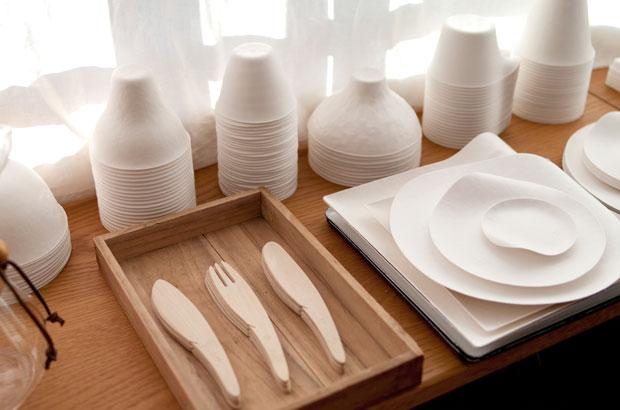 ワインカップやコーヒーカップ、丸皿などWASARAのラインナップ