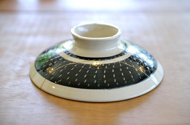 金継ぎされた茶碗