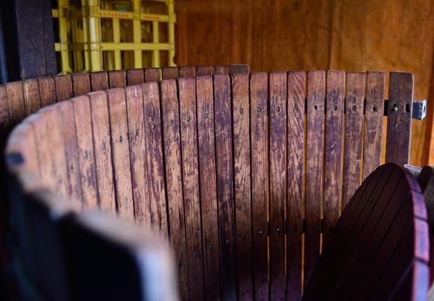 紫金園のぶどう酒工場の樽