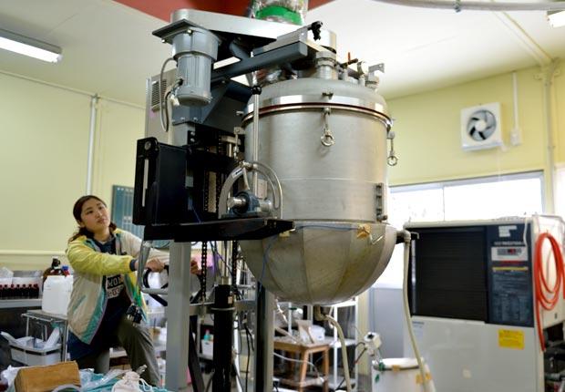 お米からエタノールをつくる機械