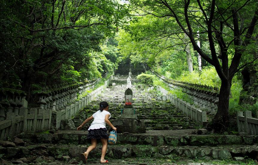 小豆島の山岳霊場を巡る|「colocal コロカル」ローカルを学ぶ・暮らす・旅する