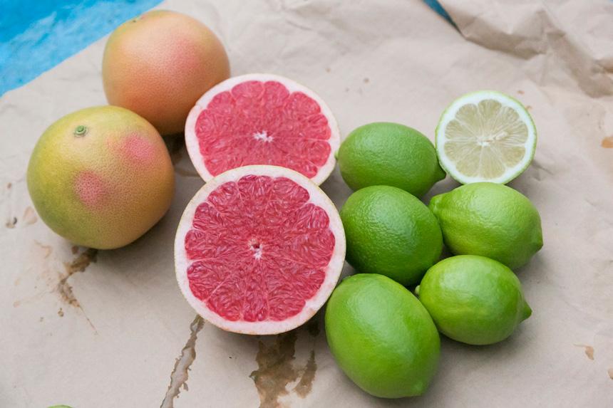 風味も見た目も、 フレッシュで爽やか! 緑色のハウスレモンと グレープフルーツ