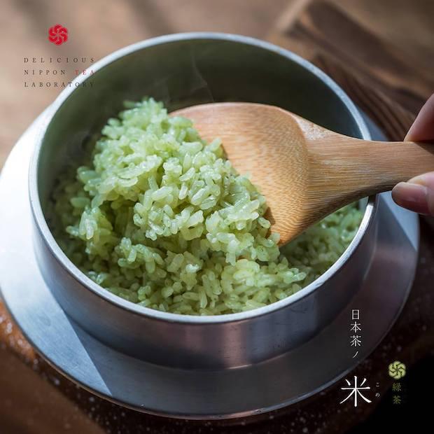 静岡コシヒカリを日本茶でコーティングした「日本茶ノ米」