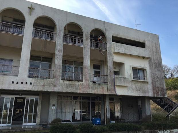 豊島〈mamma〉は戦後すぐに始まった乳児院の建物を利用