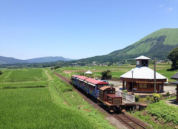 南阿蘇鉄道ではトロッコ列車という観光列車が走る