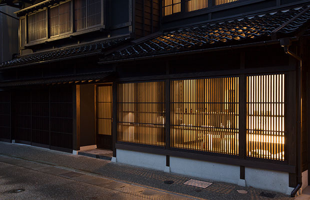 2018年3月にオープンした別邸〈薪の音 金澤〉。