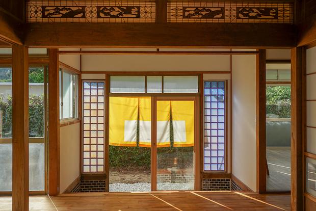 奄美大島〈水平線と朝陽の宿〉