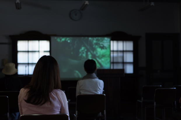 あがたの森文化会館講堂での〈講堂棟CINEMA〉