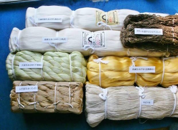 下村輝さんによるワークショップ「絹糸のいろいろと竹筬(おさ)」