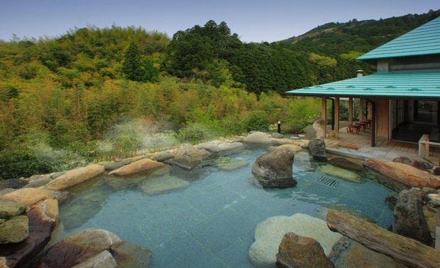 日帰り温泉「ごりやくの湯」の露天風呂