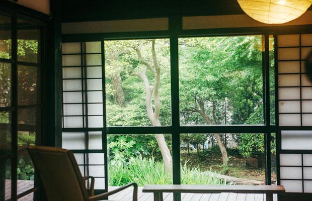 池田姉妹の活動の起点となった〈蕾の家〉は、鎌倉・長谷にあるカルチャースペースとして運営されている。