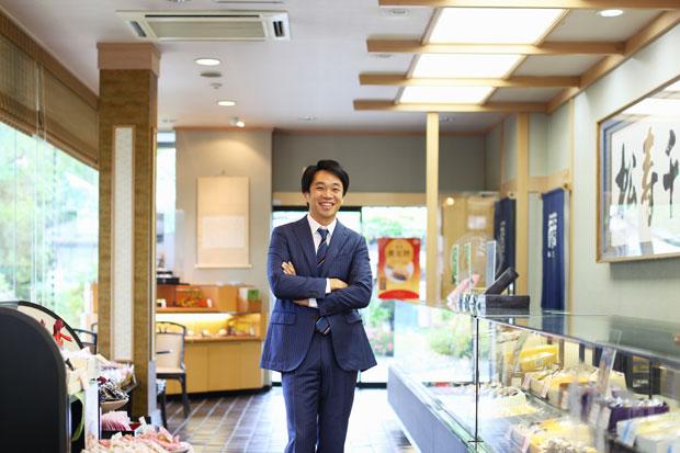 代表取締役社長の小野寺宏眞さん。会計事務所出身、ユーモアと芯の強さが同居するアラフォー経営者だ。
