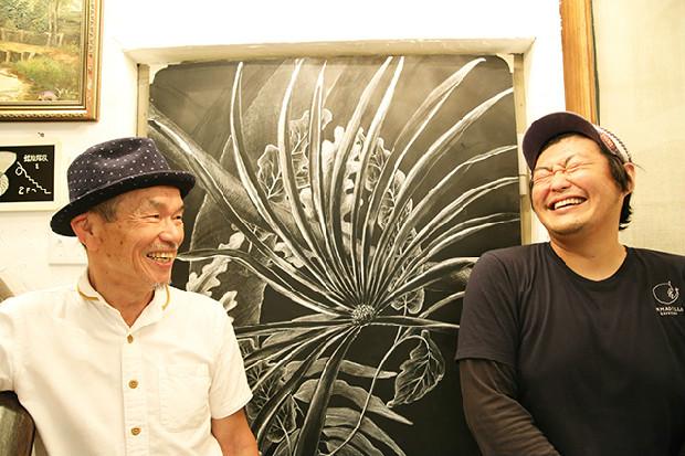(左)オーナーの大槻さんと、(右)ビール醸造家の岡田さん