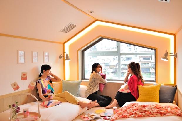 女子3人組にぴったりな3ベッドの個室。
