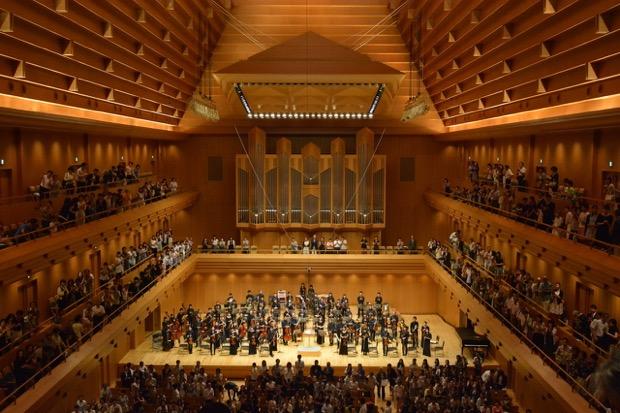 東京オペラシティ コンサートホールにて美智子皇后様の御前で演奏(2015年8月)