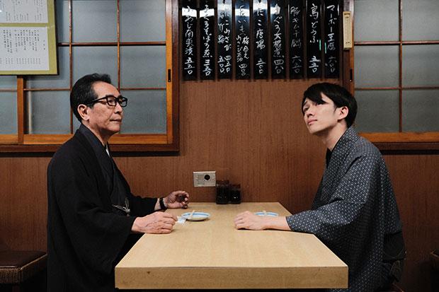 泉二弘明さん(左)と啓太さん(右)。日本初の男性の着物専門店を銀座に開いた父と、着物をファッションとして提案したいという息子は、仕事の良き同志です。