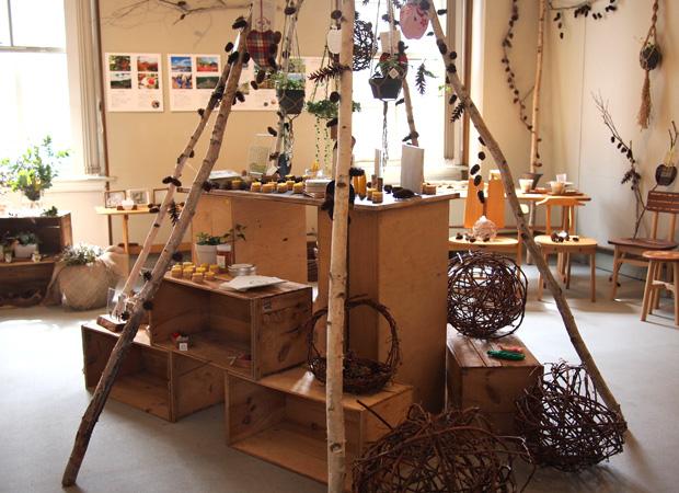 参加するイベントは『北にあつまる手しごと展』。7月6日~8日に札幌市資料館で開催される。昨年も、この場所で岩見沢の山里のPRをするために『みる・とーぶ展』を行っている。