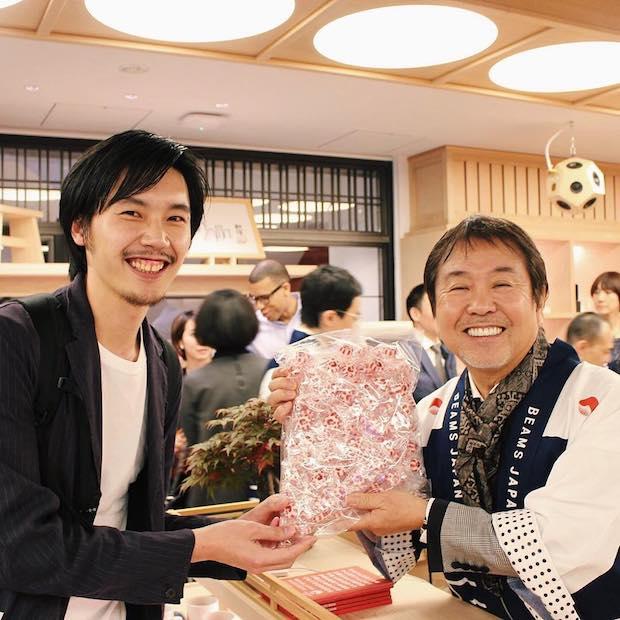 ビームスジャパンのオープンに駆けつけた専務の中村さん。