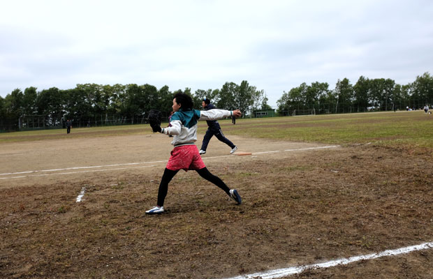 昨年に続きピッチャーとなったのは吉崎さん。いい玉投げます!