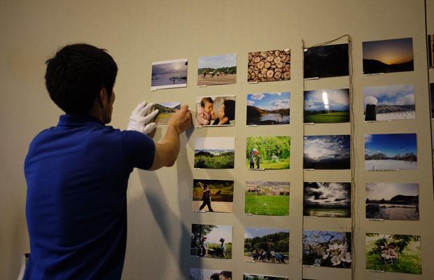 商品の販売とともに、岩見沢の山あいで撮影された写真を集めたフォトコンテストの投票も実施。票数の最も多かった写真が「みる・とーぶ賞」に輝く。