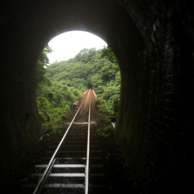 いまは崩れてしまったトンネル。