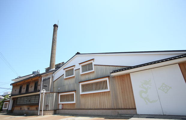 桝田酒造店の酒造場。