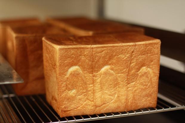 Bakery & Cafe菊太郎の生食パン