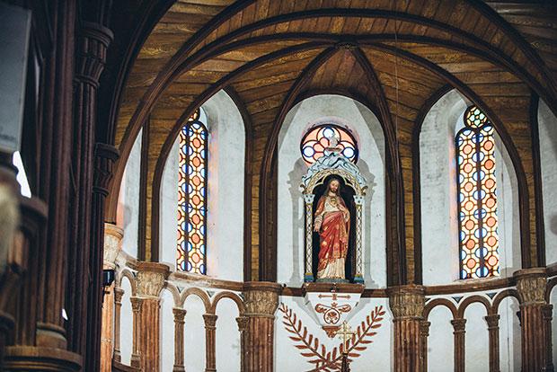 黒島天主堂のステンドグラス