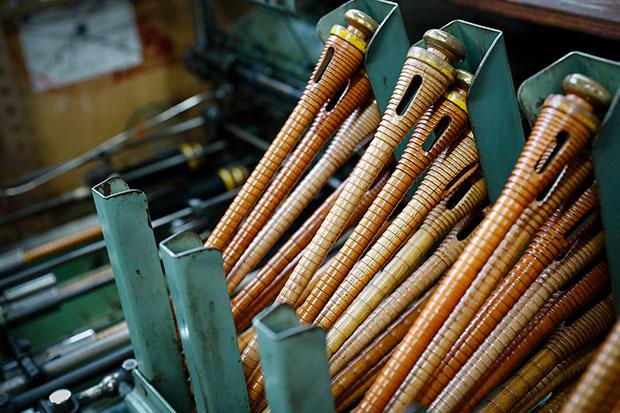 糸を巻いて、シャトルにセットするための管。