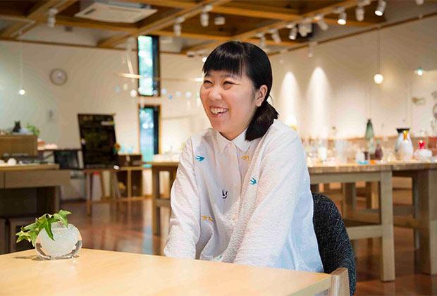 ものづくりが人と街を育てる〈秋田市新屋ガラス工房〉の若きアーティスト|「colocal コロカル」ローカルを学ぶ・暮らす・旅する