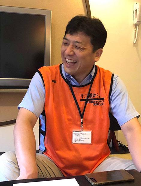 「被災した呉のまちのために頑張りたい」と、遠く離れた三重県からバスツアーを企画し、ボランティアを送り出してくれる山本さん。