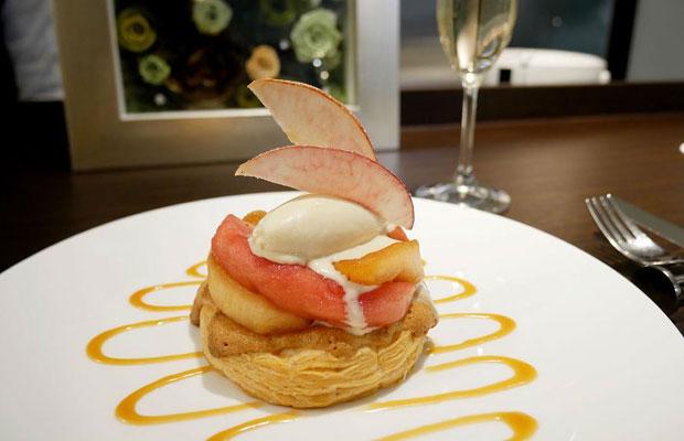 銀座にある洋菓子店〈リール銀座〉では昨年から〈なかの真紅〉を使ったアップルパイを提供。