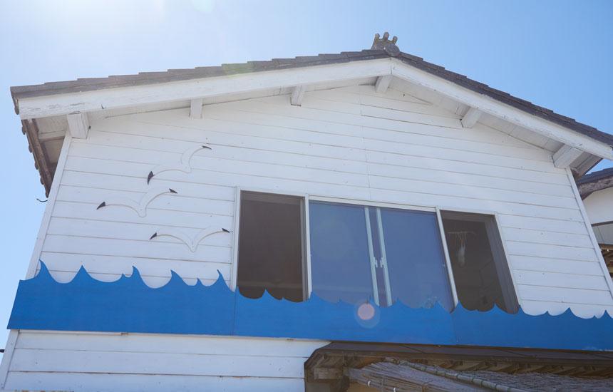 〈おむすびのいえ〉新潟の小さな離島・粟島のかわいいゲストハウス|新潟におでかけ|おでかけコロカル