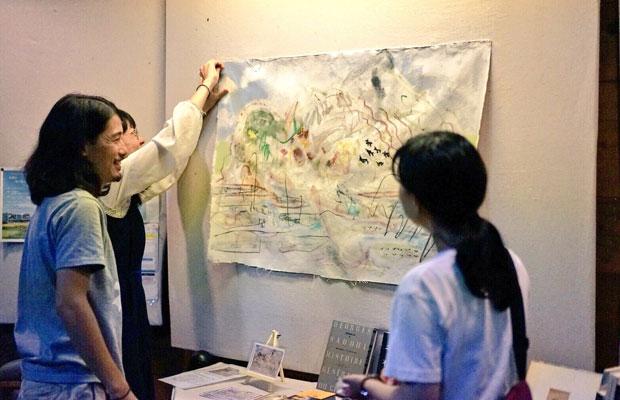 手嶋さんの原画も展示しました。