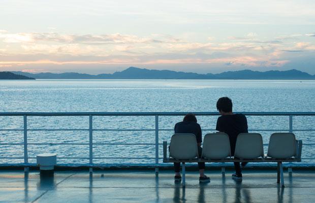 いつもの瀬戸内海。船に乗って島に帰るとき、また旅にでかけるような気分になります。