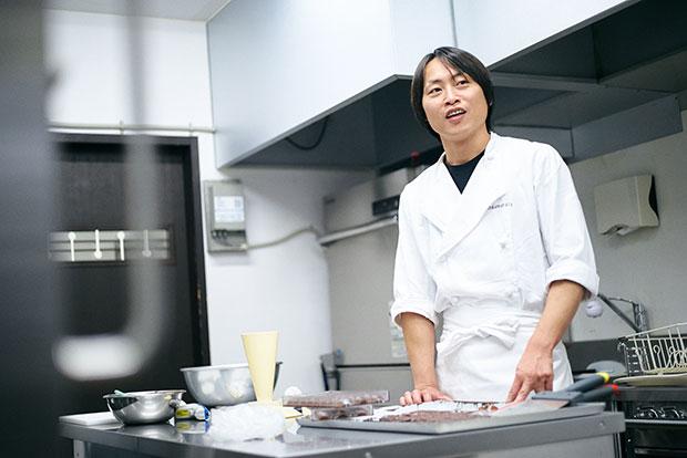 大会などでは賞も受賞しているショコラティエの牧晃司さん。