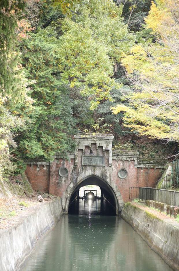 航路上のトンネルの中では最も短い、延長124mの「第二トンネル」。
