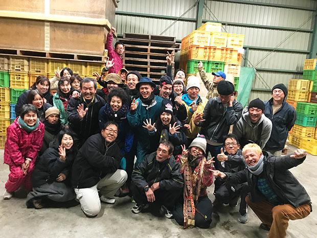 和歌山のみかん収穫に携わった援農者たち。