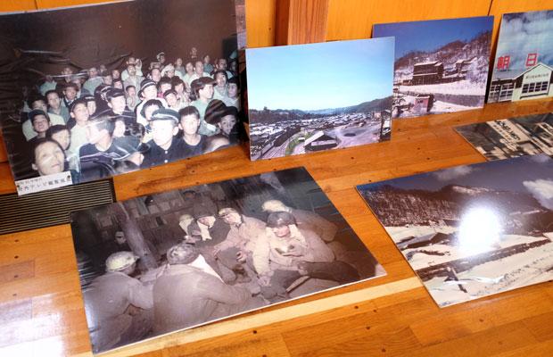 朝日地区に保管されている炭鉱の写真。岩見沢市内にある〈そらち 炭鉱の記憶マネジメントセンター〉に寄贈された写真資料がもとになっている。