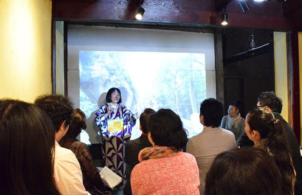 九州からまち歩きのプロを呼んで、地元の魅力発見ワークショップ。