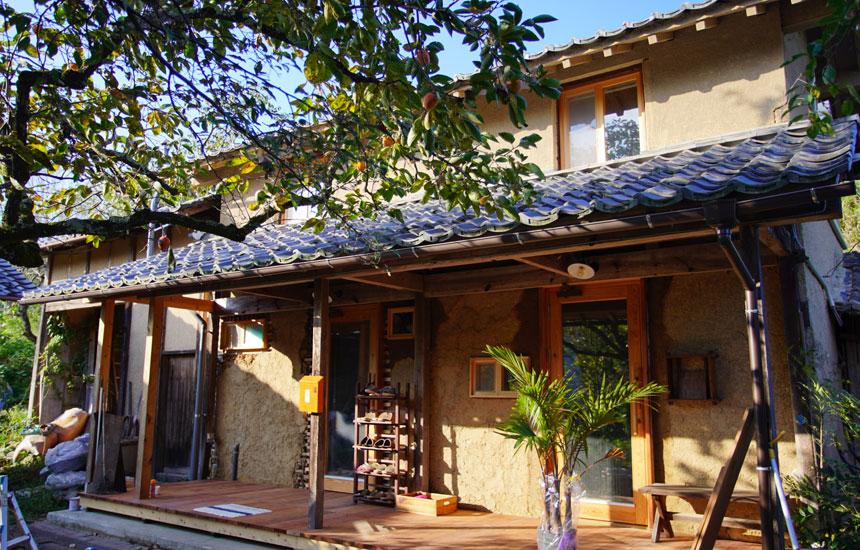 江戸時代の土蔵をDIYリノベーション。地域に愛される、隠れ家的シェアスペースを目指して|リノベのススメ
