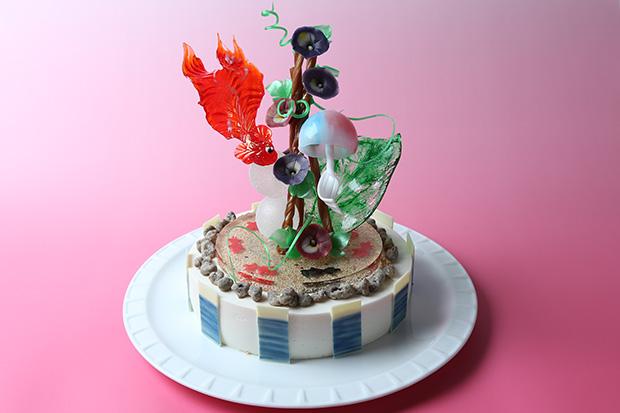 優勝した慶誠高校「educate」のケーキには、金魚、風鈴、朝顔など日本の夏が飴細工で表現されていた。